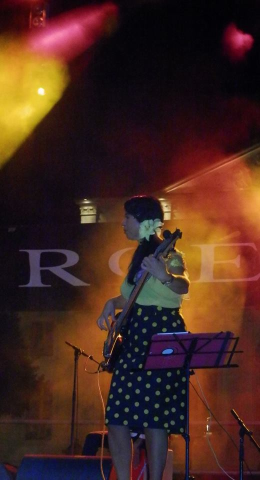 Clara Tudela 2 avec Roé live arènes de Nîmes
