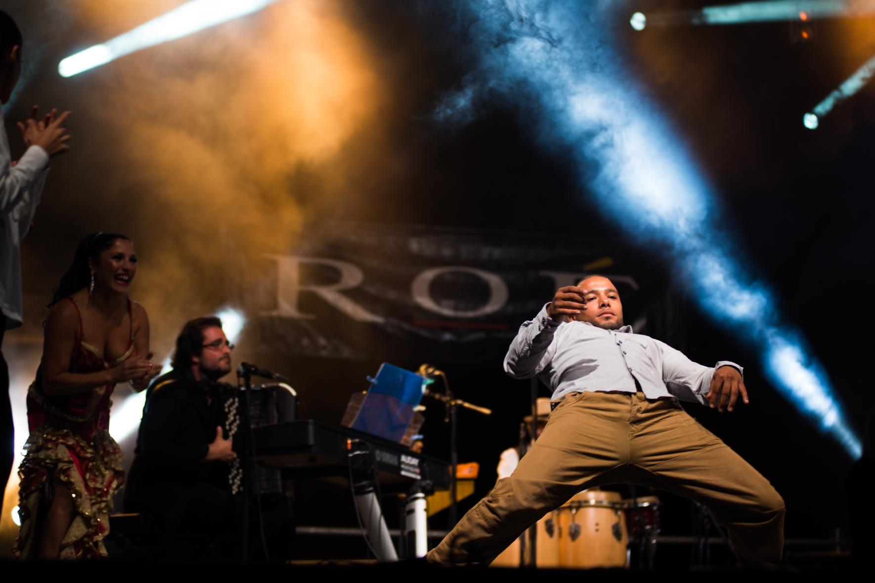 Sadeck avec Roé live arènes de Nîmes